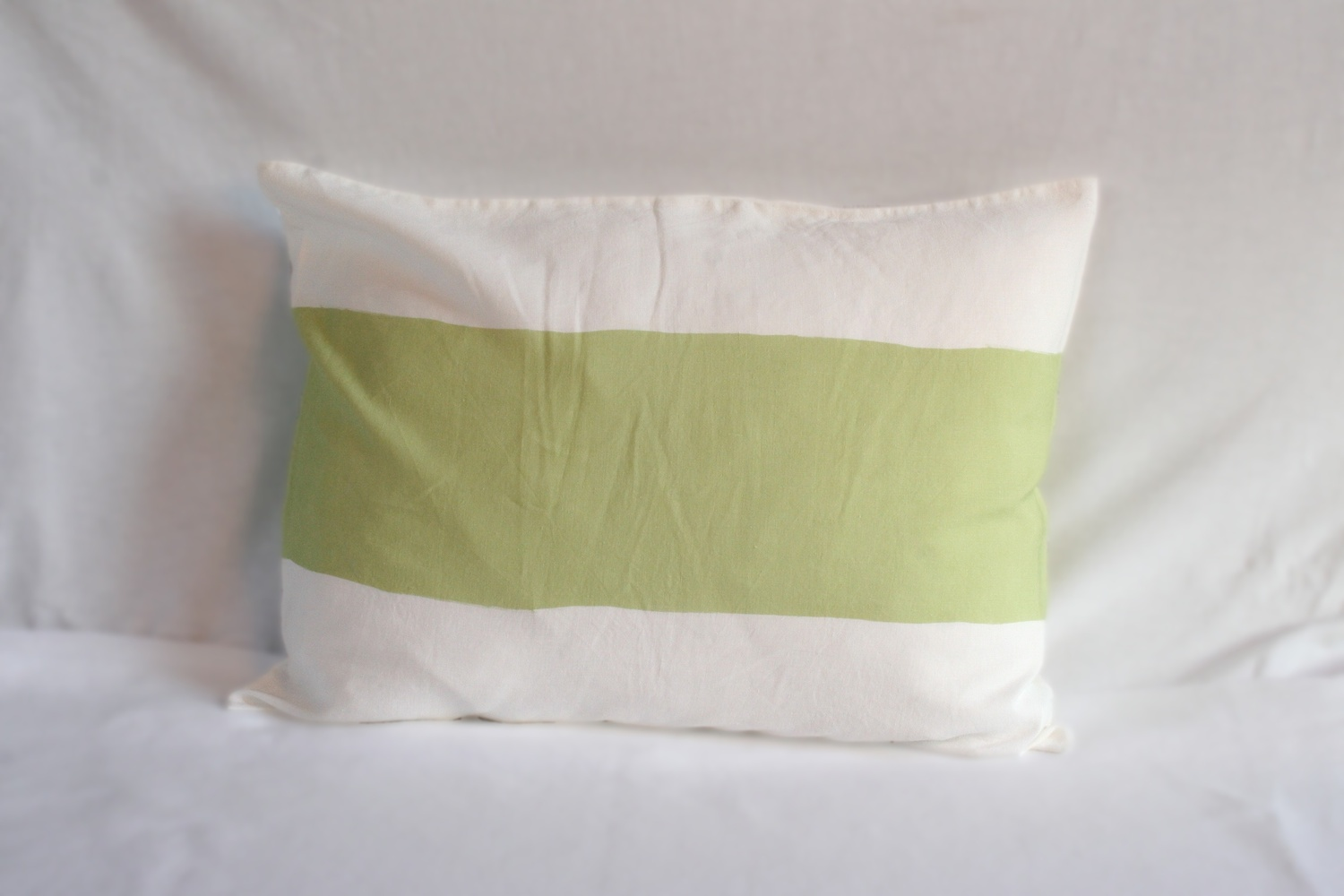 Flemish Landscape / Set of duvet cover and pillow case with thin green stripes